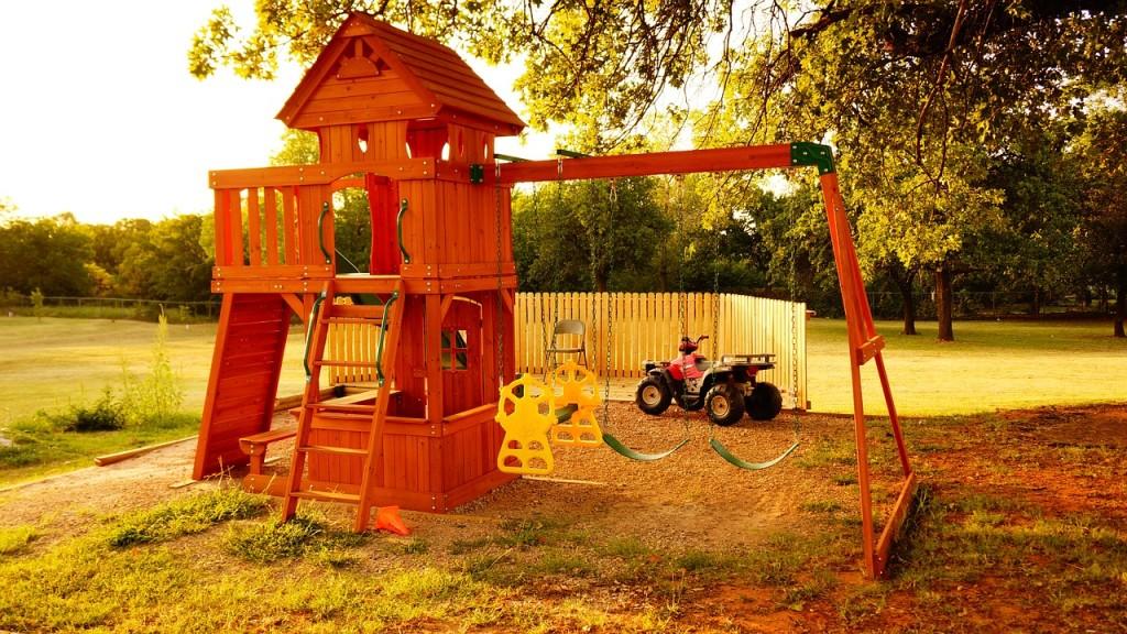 childrens-playground-979594_1280