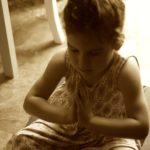 Reseña Boolino: «YOGA CON NIÑOS»